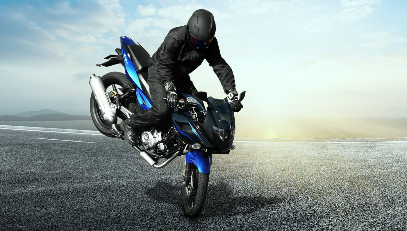 Blue Bike Stunt Hd Wallpaper: Bajaj Pulsar 220 F